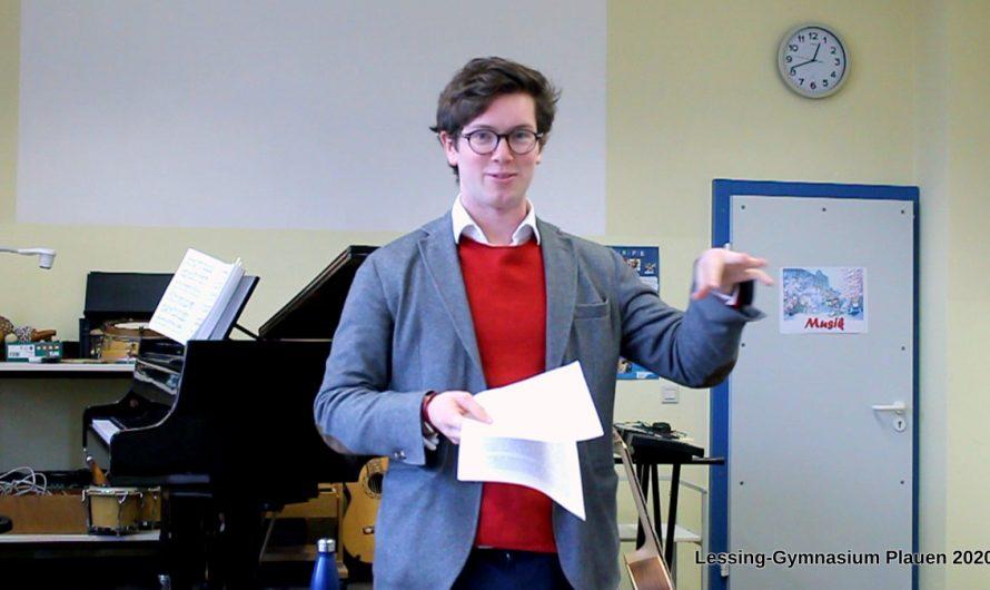 Joshua Geddes, englischer Sprachassistent und singender Wagnerfan bereichert unser Schulleben